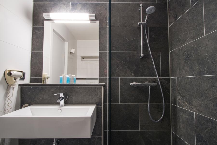 Badkamer Design Maastricht : Bastion hotel maastricht centrum u e best price