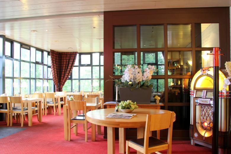 Bastion hotel d sseldorf neuss 100 g nstigsten preis for Hotel dusseldorf mit schwimmbad