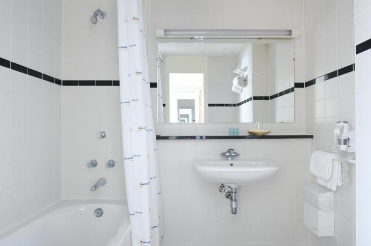 Bastion Hotel Breda -> 100% Best Price = Bastionhotels.com